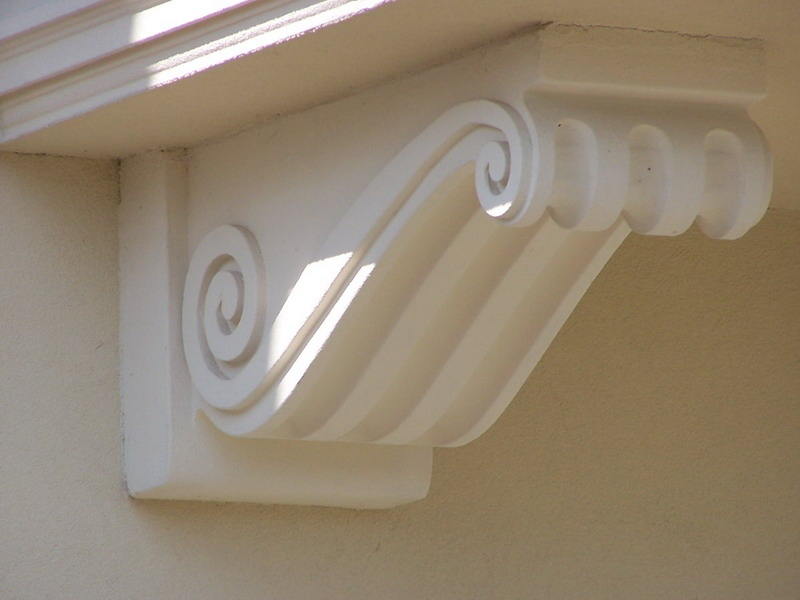 Фасадный кронштейн из пенополистирола
